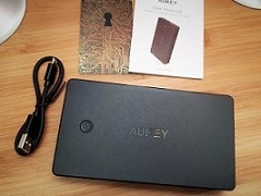 AUKEY Lampe BT Powerbank 010.jpg